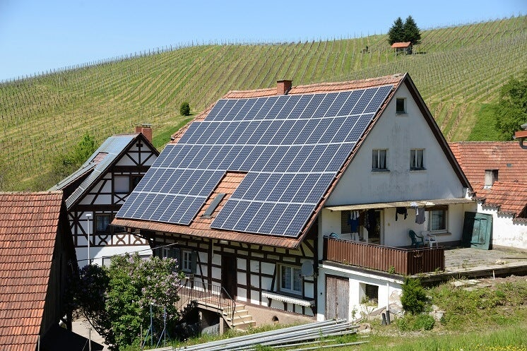listed building with solar panels (1)