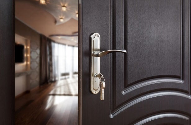 one of the worst home security mistakes you can make is leaving the door open