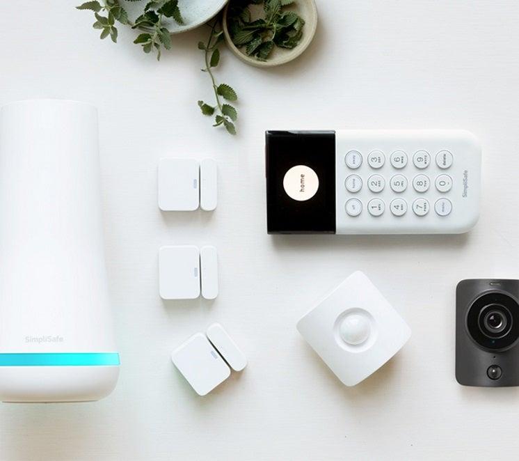 simplisafe's essentials monitored alarm system