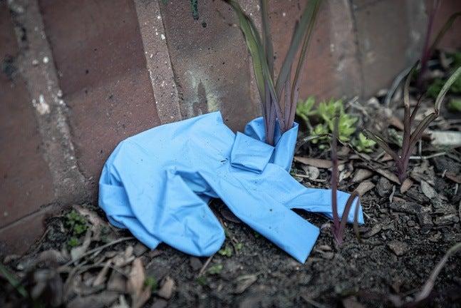 Littered Glove